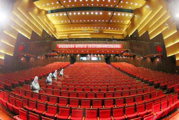 杰瑞华创静电喷雾装备用于烟台大剧院消毒