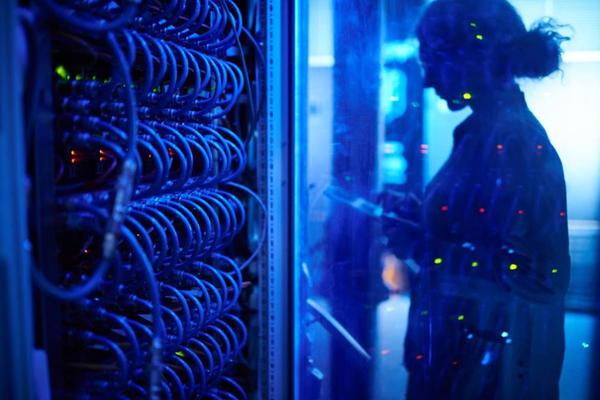 霍尼韦尔推出创新两相液体冷却技术