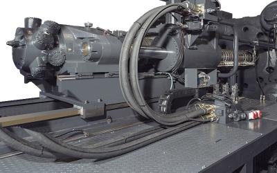 电压空间矢量算法及电流,转速双闭环pid控制算法,将油泵压力和电机
