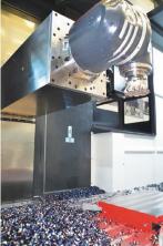 DAS+ 动态稳定系统能够对机 床的振动频率进行监控,及时发现和平衡即将出现的振动, 因此可以利用整个滑台的长度来铣削零件。