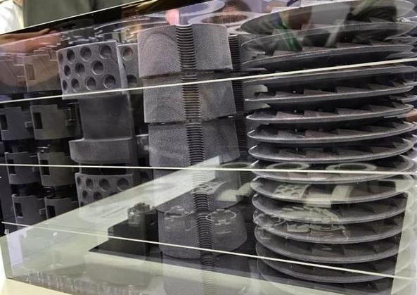 Desktop Metal发布生产级金属粘合喷射3D打印机