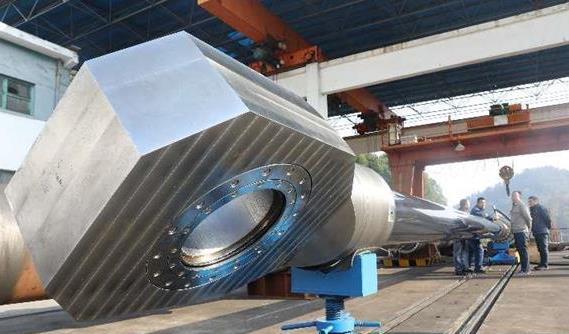 鄂产全国最大液压启闭机将发往世界第三大水利水电站