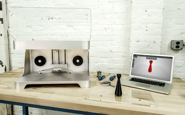 Markforged是第一个使用MarkOne 3D打印机将连续碳纤维用于3D打印的公司